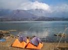 Tentes près du lac