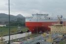 Énorme bateau (tanker?)