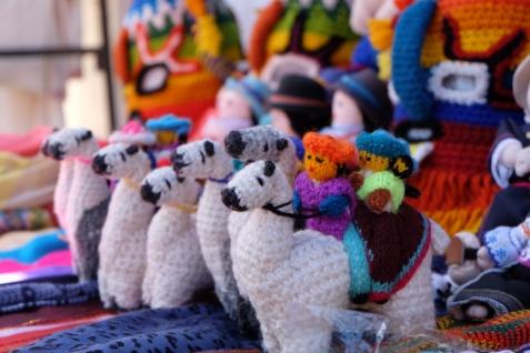 Peluches lama, marché d'Otavalo