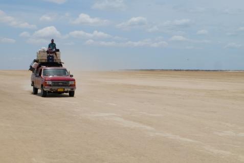 Désert et jeep