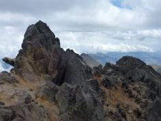Vue depuis (juste avant) le sommet du Pinchicha