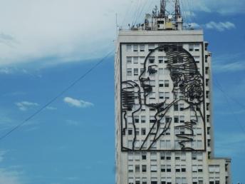 Portrait d'Évita Péron sur l'avenue 9 de Julio