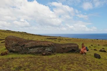 Moai au nord ouest, ile de Pâques
