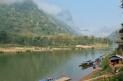 Pirogues à Muang Ngoi Neua